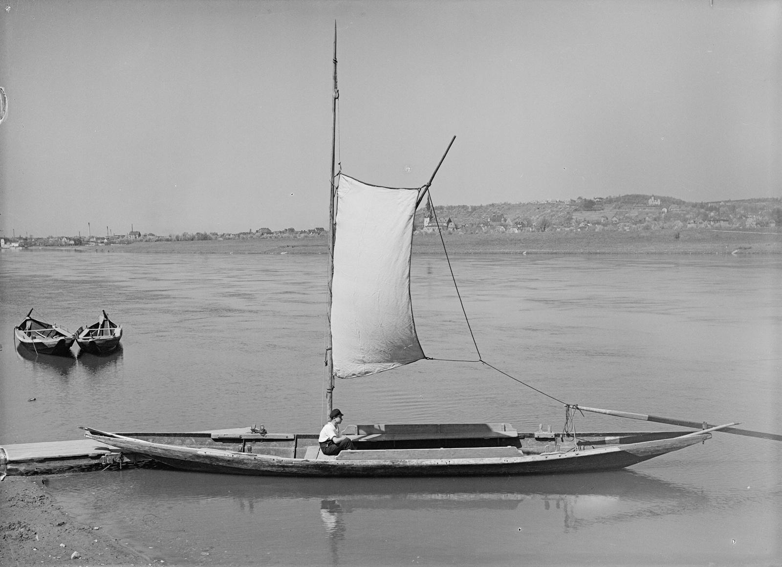 Foto einer historischen Segelfähre
