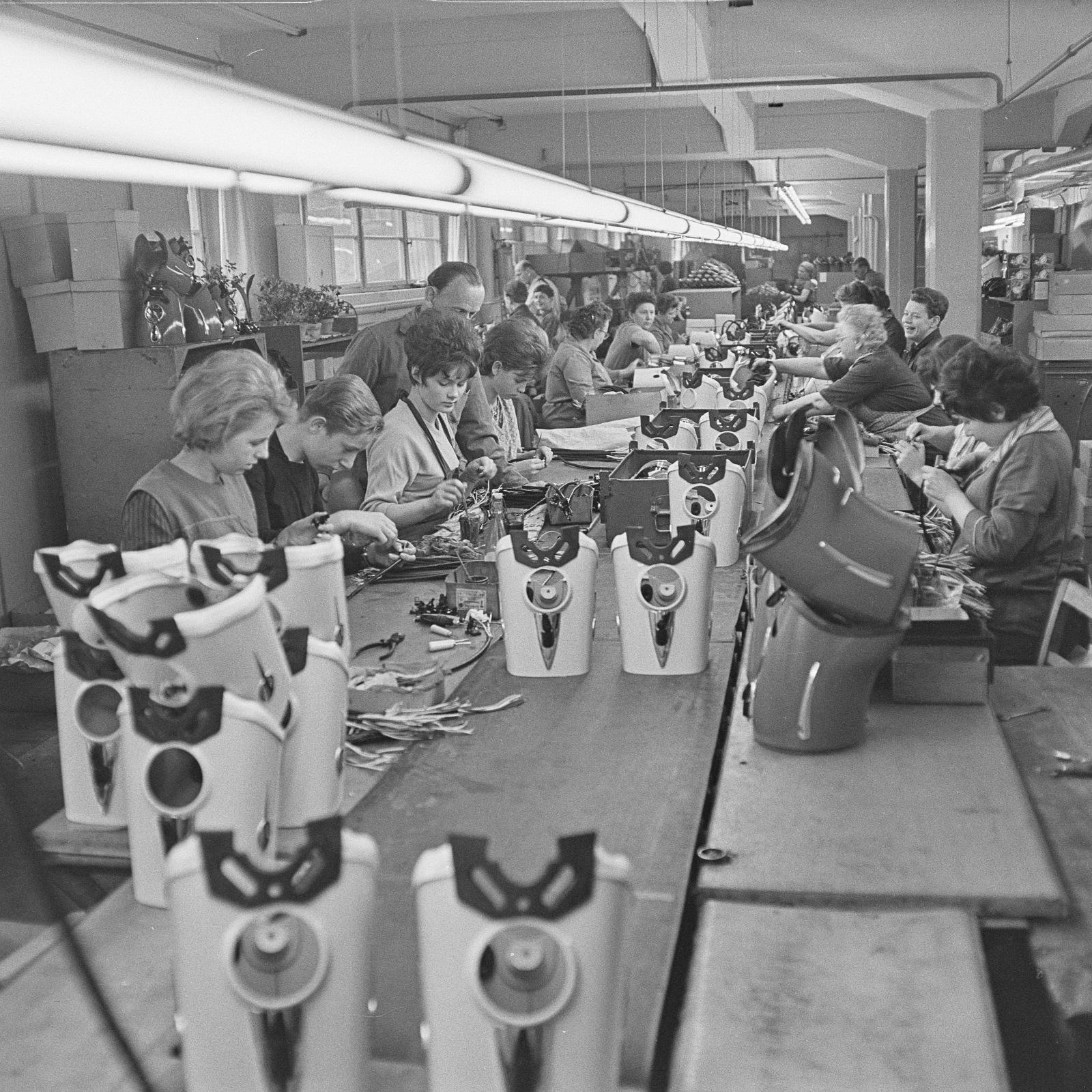 Photos : l'usine MZ au fil des ans Df_hpm_0009614_004